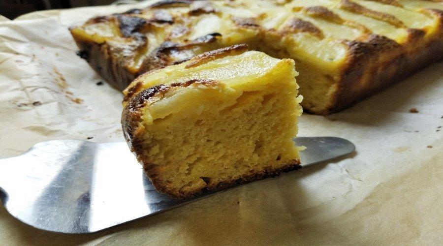 bizcocho de queso y pera